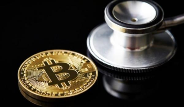 Пользователи начали интенсивно интересоваться биткоином на фоне роста к историческому максимуму